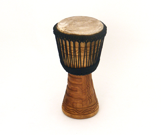 "BUCARA DJEMBE 9"" DOUBLE STRUNG CARVED"